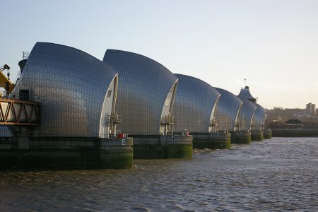 How well do flood defence models match reality?